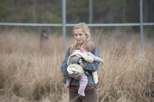 Beth and Judith Walking Dead